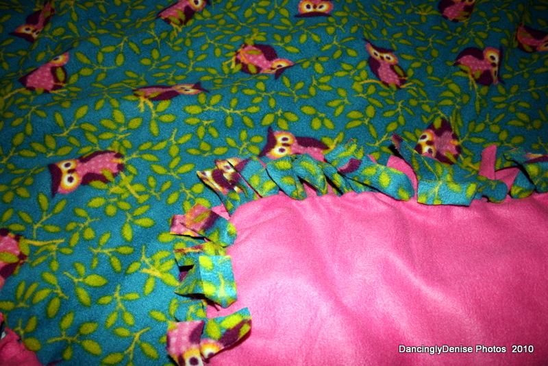 A Day In My Life: No-Sew Fleece Blanket Tutorial